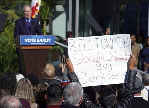 «Milliardäre sollten keine Wahlen kaufen»: Protest während Bloombergs Auftritt am Montag in Compton/Kalifornien.