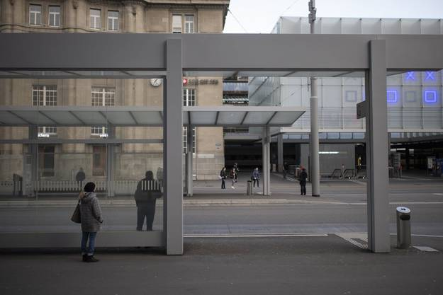 Auf dem Bahnhofplatz in St. Gallen fror ich bei meiner Ankunft nicht nur an den Füssen.