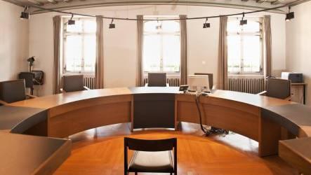 Zwei kurze Verhandlungen wegen Verletzung, respektive grober Verletzung der Verkehrsregeln standen auf der Traktandenliste vom Bezirksgericht Zurzach.(Symbolbild)