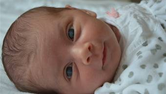 Giorgia Tardo kurz nach der Geburt. Die getrübten Augen des Neugeborenen sind gut zu erkennen. zvg