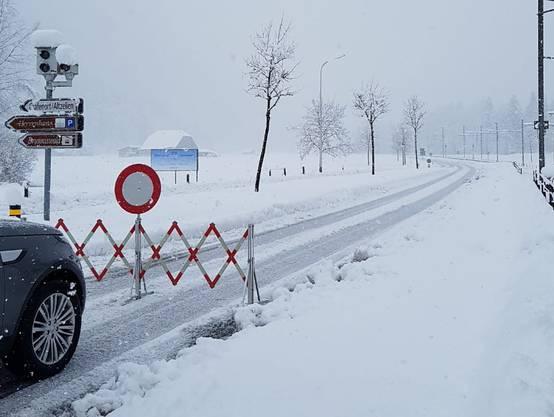 Fahrverbot in Grafenort Richtung Engelberg.