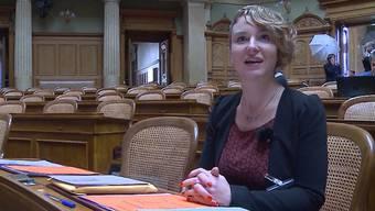 Die Grünen-Politikerin Irène Kälin wurde am Montag als neue Nationalrätin vereidigt. Wie ihr erster Amtstag verlief.