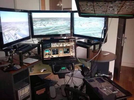 Der Pilot von MH370 Farid Abdul Hamid hatte einen privaten Flugsimulator zu Hause. Für was?