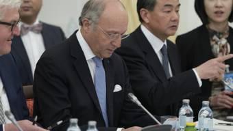 von links: Aussenminister Deutschlands, Frankreichs und Chinas.