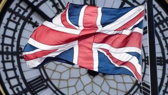Die ungeklärten Fragen zum Austritt Grossbritanniens aus der EU sorgt in der britischen Wirtschaft für Verunsicherung. Die Regierung hat die Wachstumsprognosen gesenkt.(Symbolbild)