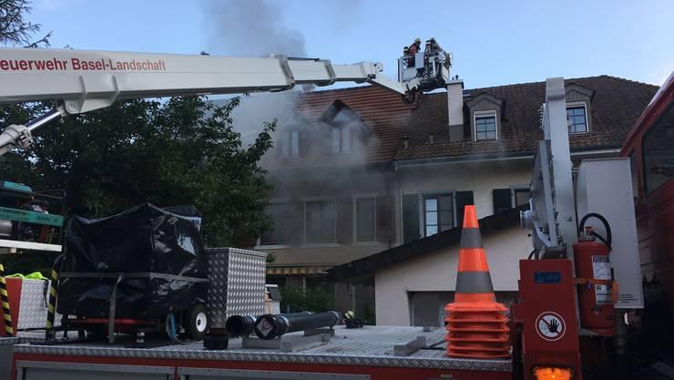 In einem Reiheneinfamilienhaus in Zunzgen brach am Samstagmorgen ein Brand aus.