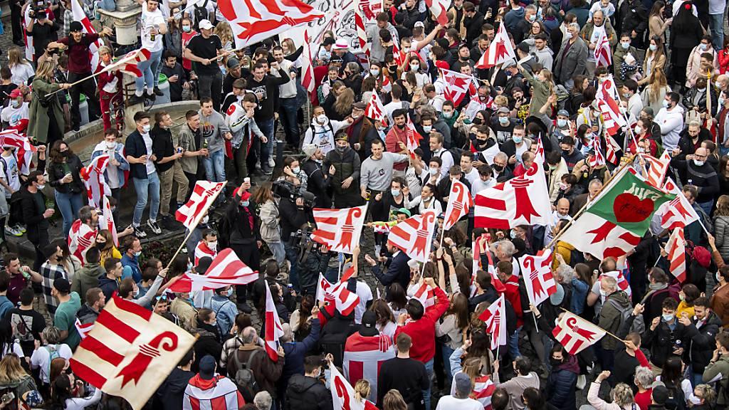 Die spontane Feier des Abstimmungssiegs der Projurassier in Moutier von Ende März hat keine rechtlichen Konsequenzen.