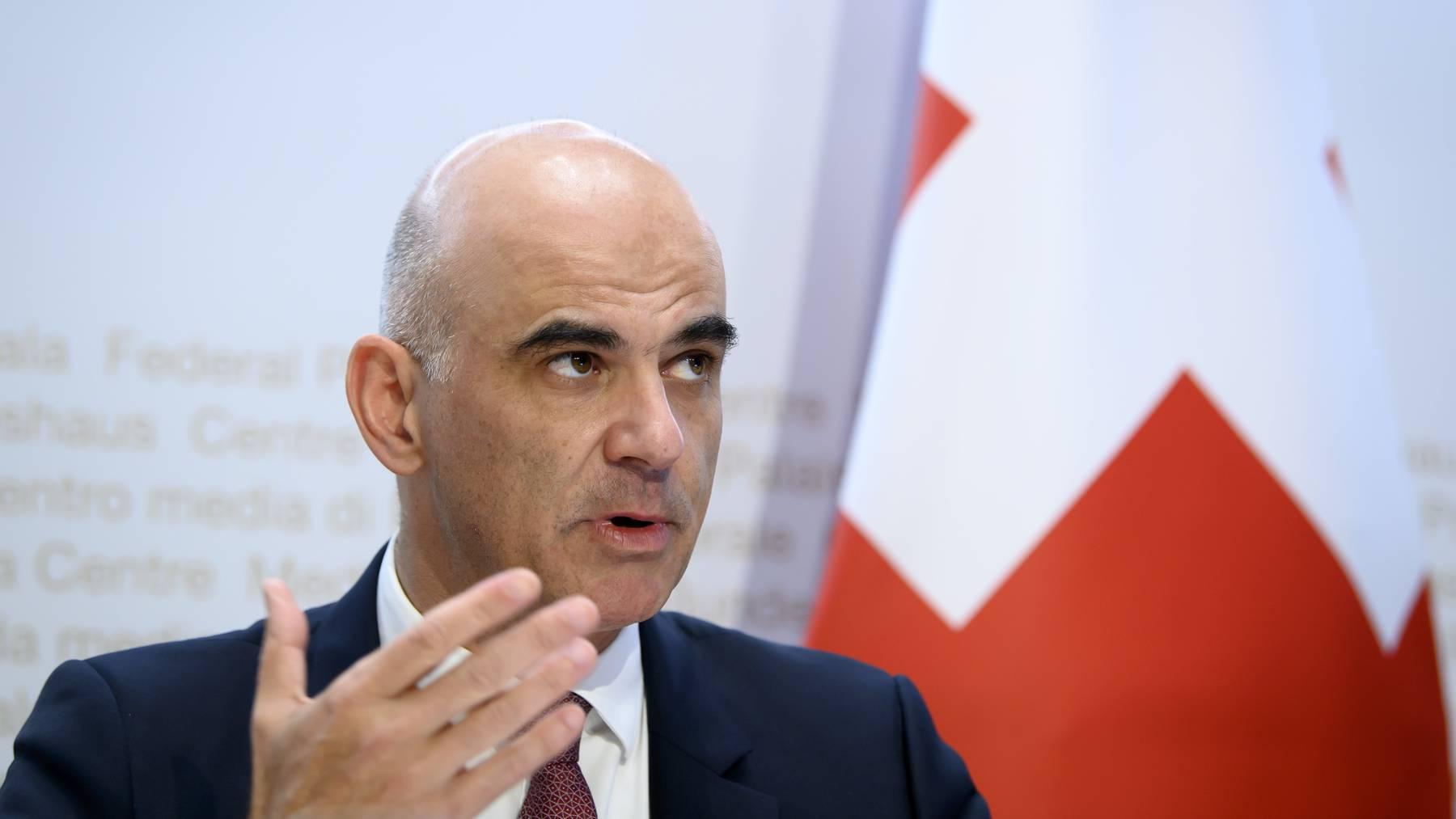 Alain Berset appellierte am Mittwoch eindringlich an die Kantone, auf Wahleingriffe zu verzichten.
