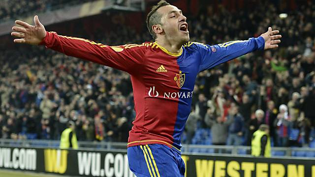 Basels Marcelo Diaz bejubelt das 1:0 gegen Petersburg. Gejubelt wurde nicht nur in Basel.