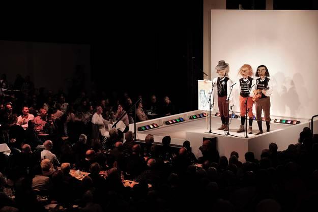 Hier am Schnitzelbangg-Oobe 2016 im Theater Basel
