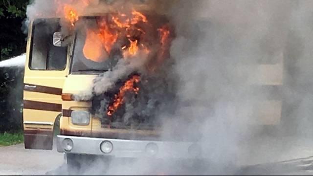 Staffelegg wegen Wohnwagenbrand gesperrt