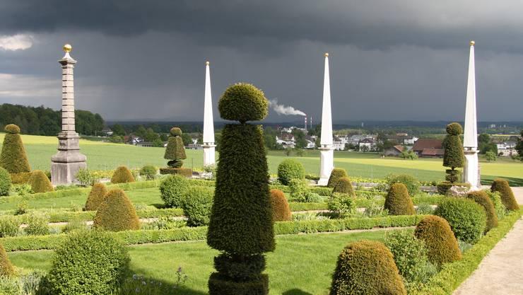 Ein neues Tätigkeitsfeld eröffnet sich für die Perspektive auch im Garten des Schlosses Waldegg.