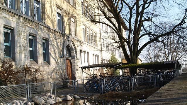 Im Schulhaus Halde in Wohlen wird der Platz knapp.