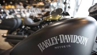 Der US-Motorradbauer Harley-Davidson baut künftig gemeinsam mit der chinesischen Firma Qianjiang Motorcycle keinere Motorräder für den asiatischen Markt. US-Präsident Donald Trump dürfte kaum Freude daran haben.(Archivbild)