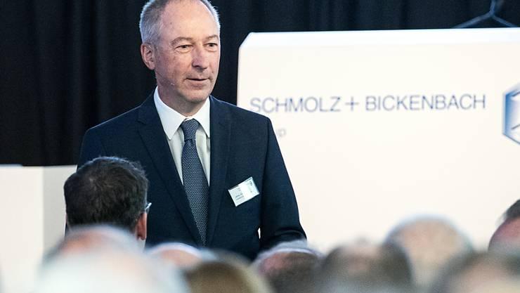Jens Alder, der Präsident des Schmolz + Bickenbach-Verwaltungsrats, an der ausserordentlichen Generalversammlung des Stahlkonzerns in Emmenbrücke.