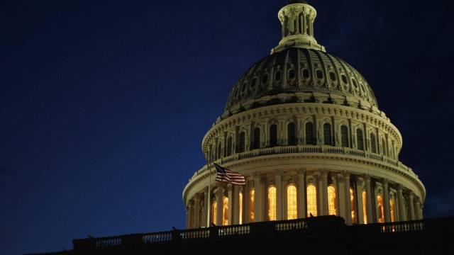 Die Uhr tickt unaufhaltsam: Am Dienstag um 6 Uhr MESZ beginnt das neue Haushaltsjahr in den USA.