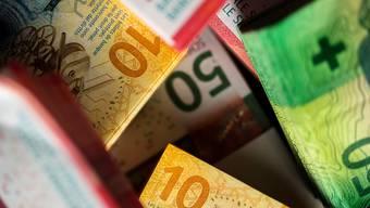 Der Bund darf auch in Zukunft mit seinen wichtigsten Einnahmequellen rechnen. Die Verlängerung von direkter Bundessteuer und Mehrwertsteuer, über die am 4. März abgestimmt wird, ist unbestritten. (Symbolbild)