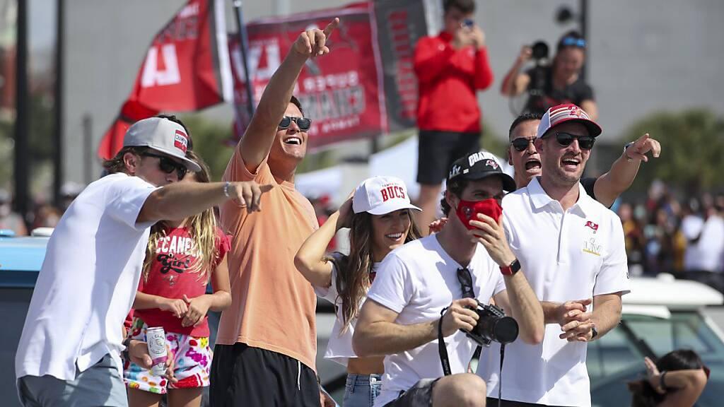 Buccaneers feiern Super-Bowl-Sieg mit Bootsparade