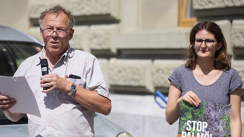 Biowinzer Willy Cretegny hat das Referendum gegen das Freihandelsabkommen mit Indonesien initiiert. Grund für die Gegenwehr sind die umstrittenen Palmöl-Exporte. (Archivbild)