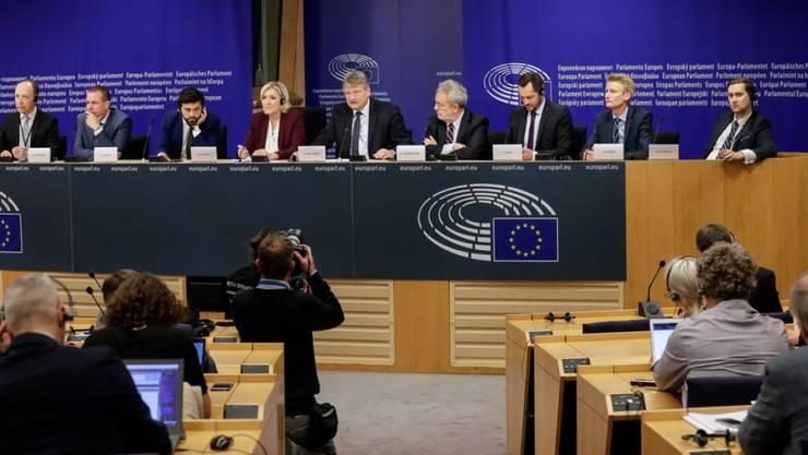 Zur rechtspopulistischen Fraktion im EU-Parlament gehören unter anderem die deutsche AfD, die italienische Lega, das französische Rassemblement National und die österreichische FPÖ.