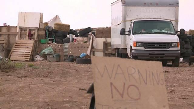 USA: Verwahrloste Kinder aus vergrabenem Wohnwagen befreit