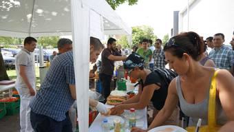 Wohltätigkeits-Basar in Dietikon