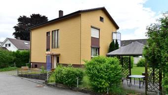 Im Haus an der Sälistrasse 17 mit zwei 3-Zimmer-Wohnungen könnten 8 bis 10 Asylbewerber Unterkunft finden.