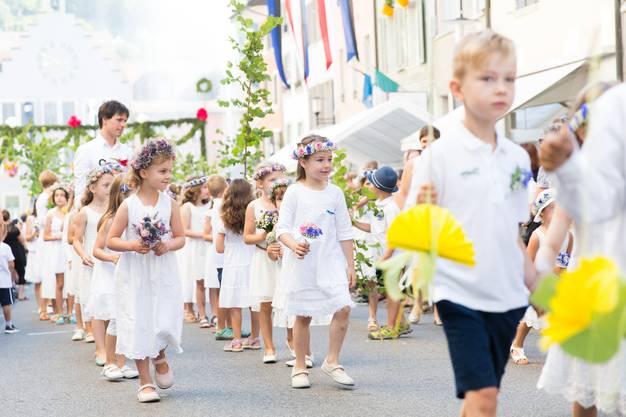 Jugendfest und Morgenfeier in Brugg, am 6. Juli 2017. Das Jugendfest Brugg ist der Höhepunkt der sogenannten Büscheliwoche und gleichzeitig der Schuljahresschluss.