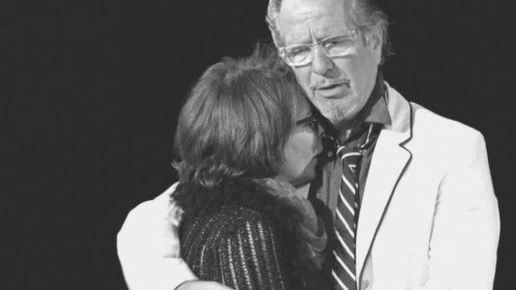 """Zurück im Schauspielfach: Isabelle von Siebenthal und Hans Schenker stehen nach ihrem unglücklichen Ausflug ins """"Wildhorn"""" wieder auf der Theaterbühne (Pressebild """"Die Lüge"""")."""