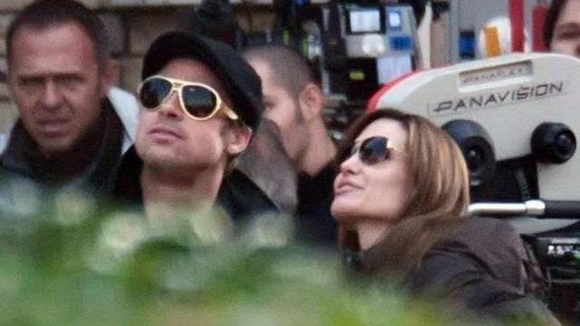 Brad Pitt neben seiner Frau Angelina Jolie