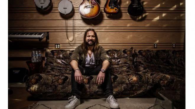 Ihn kennt fast keiner, seine Hits kennen alle: Der schwedische Musikproduzent Martin Sandberg. Foto: Axel Öberg