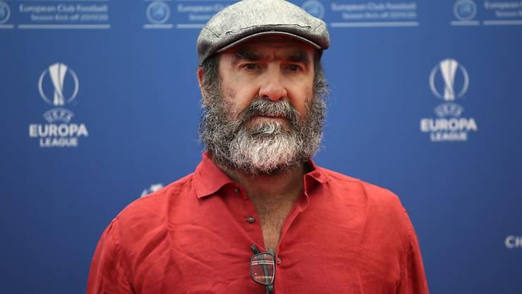 Mit Bart und ein paar Kilos mehr: Eric Cantona macht heute als Schauspieler eine gute Figur
