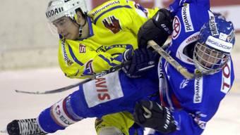 Der Anfang: Andres Anbühl (li.) in seiner ersten Saison mit dem HC Davos. Im Frühling feierte er gleich seinen ersten von bislang sechs Meistertiteln