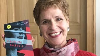 Rosmarie Haueis empfiehlt den Roman «Falsche Ursula» allen, «die einen kurzweiligen, vergnüglichen Plot mit unvorhersehbaren Wendungen mögen».
