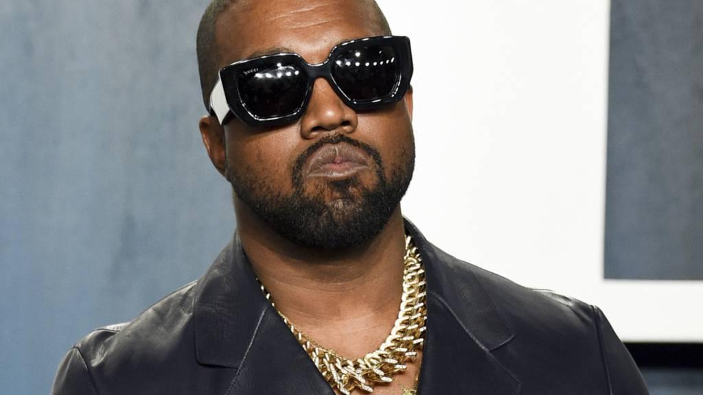 ARCHIV - Rapper Kanye West veröffentlicht sein neues Album «Donda» mit viel Verspätung. Seit dem vergangenem Jahr war das Album angekündigt gewesen. Foto: Evan Agostini/Invision/AP/dpa