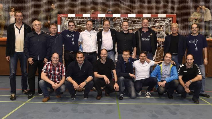 Fast die komplette Endinger Aufstiegsmannschaft von 1996 versammelte sich beim Spiel «ihres» Klubs gegen den STV Baden in der Aue.