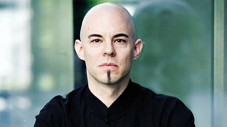 Nik Bärtsch spielt im Neumünster Zürich.