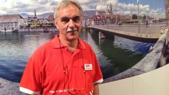 Peter Schiltknecht vor einer Ausstellungswand an der Solothurner Olma-Sonderschau.