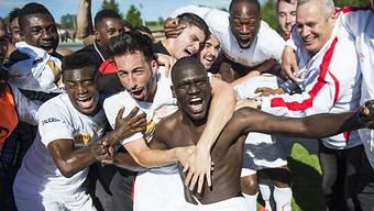 Le Monts Spieler feiern Aufstieg in die Challenge League