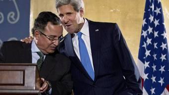 John Kerry spricht in Kairo mit Nabil Fahmi