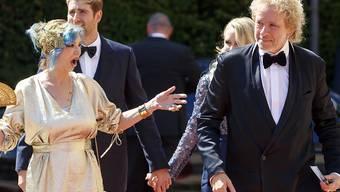 """Vor einmaligem Comeback mit """"Wetten, dass ...?"""": Thomas Gottschalk mit seiner Frau Thea an der Eröffnung der 107. Bayreuther Festspiele."""