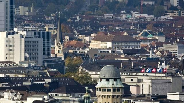 Rund die Hälfte aller Wirtschaftsdelikte kam vor ein Gericht in Zürich (Symbolbild)