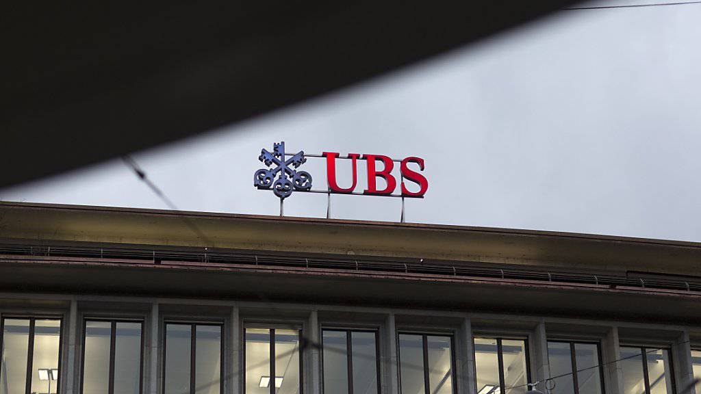 Stopp: Die Daten eines holländischen UBS-Kunden dürfen nicht an die Niederlande geliefert werden, urteilt das Bundesverwaltungsgericht. (Archivbild)