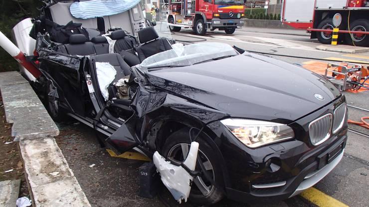 Die Lenkerin hat sich beim Unfall verletzt.