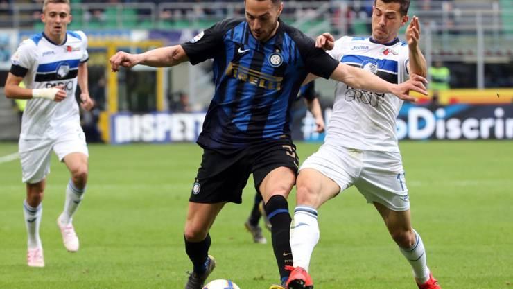 Ein umkämpftes, aber unspektakuläres Spitzenspiel: Inters Danilo D'Ambrosio (links) im Zweikampf mit Remo Freuler