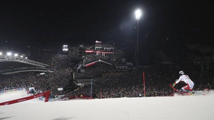Werden schon lange nicht mehr belächelt: Die Schweizer Slalomfahrer (im Bild Ramon Zenhäusern) begeistern die Massen.