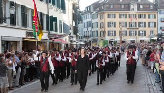 Marschmusikparade durch Solothurn