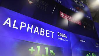 Die Muttergesellschaft von Google, Alphabet, war am Montagabend nachbörslich das wertvollste börsennotierte Unternehmen.