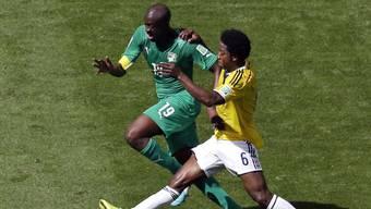 Mittelfeldspieler Yaya Touré (links) tritt aus der Nationalmannschaft der Elfenbeinküste zurück