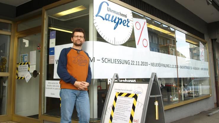 Simon Lauper letzte Woche vor dem Laden an der Ziegelfeldstrasse.
